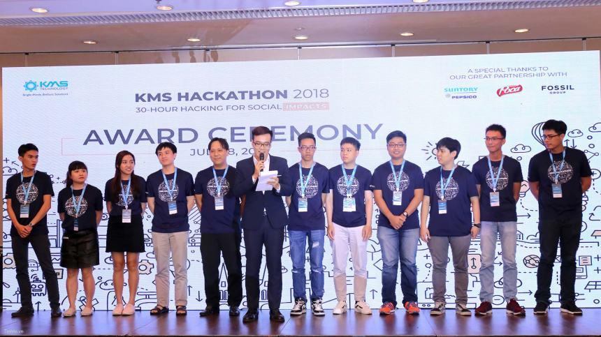 4366556_KMS_Hackathon_6.jpg